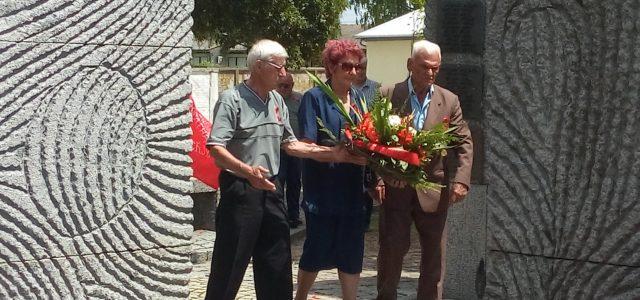Laćarak: Položeni venci u znak sećanja na narodnooslobodilačke borce