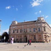 Sremska Mitrovica: Uhapšena tržišna inspektorka zbog zloupotrebe službenog položaja