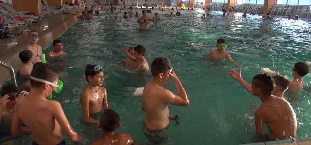 Vrdnik: Završena škola plivanja za decu iz iriške opštine