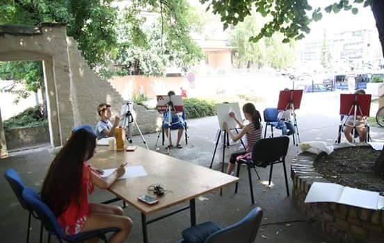 Inđija: U toku letnja škola crtanja u Galeriji kuća Vojnovića