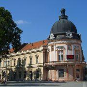 Sremska Mitrovica: Dve priče o jednoj stvari