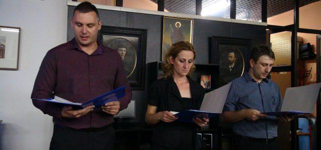 Irig: Održan umetnički program posvećen Svetoj majci Angelini u Srpskoj čitaonici