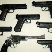 Inđija: Osumnjičen za nedozvoljeno držanje oružja