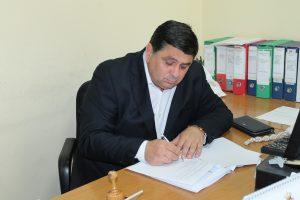 predsednik-djordje-radinovic-potpisivanje-ugovora