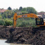 Čišćenje kanalske mreže u Ravnju