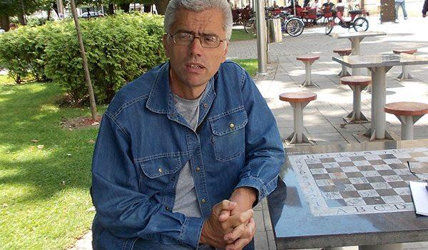 SLOVO O KODEKSIMA – Mitrovčani u raljama gluposti Milana Milivojevića