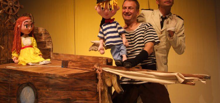 """Bačka Palanka: Dečja predstava """"Morsko brodska zavrzlama"""""""