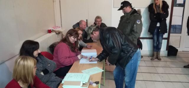 Danas izbori u Opštini Pećinci- izlaznost do 11.00 sati 24,73%