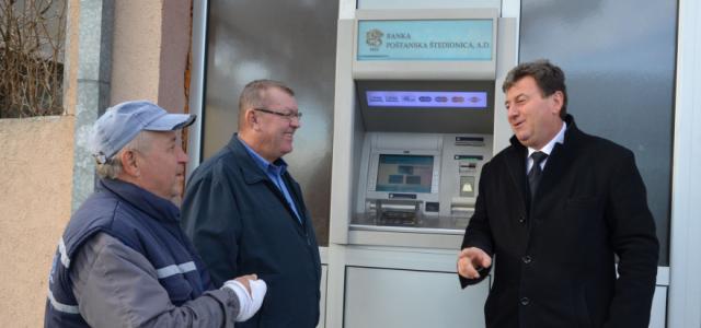 Donji Tovarnik dobio bankomat