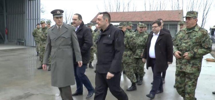 Sremska Mitrovica: Poseta ministra Vulina povodom izgradnje hangara za skladištenje vojne opreme