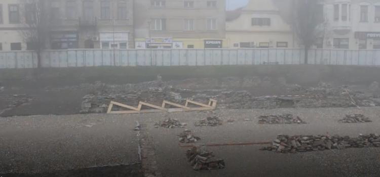 Sremska Mitrovica: Radovi na Žitnom trgu teku po planu