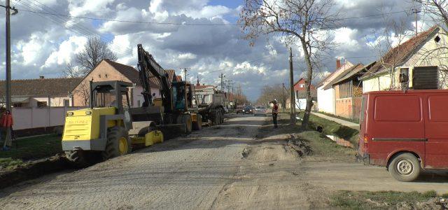 Počela rekonstrukcija najlošijih saobraćajnica u Buđanovcima