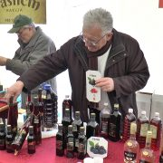 Dani vina Rivica: Poznata sremačka vina privukla posetioce iz cele Srbije