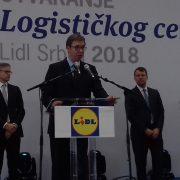 """Nova Pazova: Vučić otvorio logistički centar """"Lidl""""-a"""