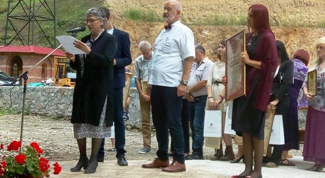 Dara Radojević pobednica pesničkog konkursa manastira Bešenovo