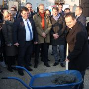 Ivica Dačić položio kamen temeljac za 30 izbegličkih stanova
