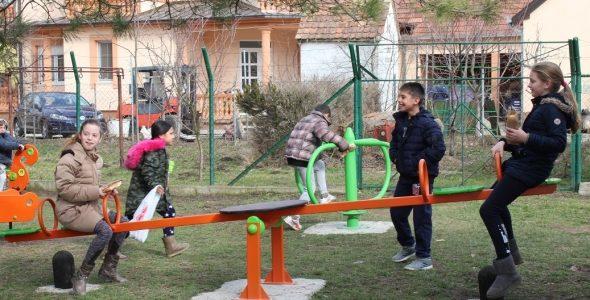 Nova dečja igrališta u rumskim selima