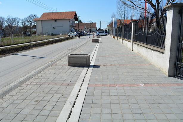Izgrađen parking u centru Ljukova