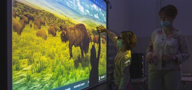Instalirana interaktivna učionica