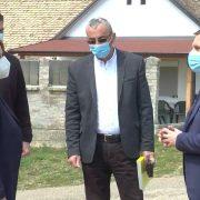 Pokrajinski sekretar Čedomir Božić posetio Jazak (VIDEO)