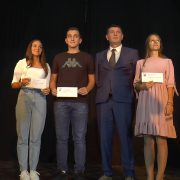 Nagradjeni najbolji učenici u opštini Pećinci