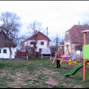 Do kraja marta novo dečje igralište u Ogaru