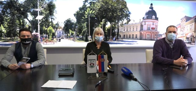 U Sremskoj Mitrovici se poštuju propisane mere  (VIDEO)
