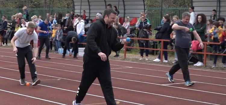 Olimpijada za tate u Sremskoj Mitrovici (VIDEO)